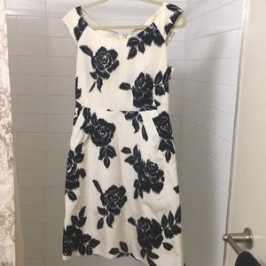 Kate Spade Size 6 white and black dress